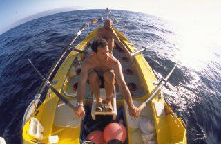 Pedro Ripoll remando en el atlantico